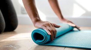 Как выбрать коврик для фитнеса