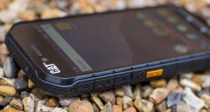 Популярные производители защищенных телефонов
